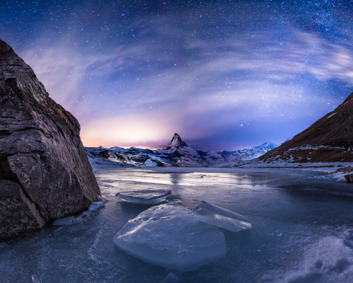 Ice and rocks by Fabio Antenore